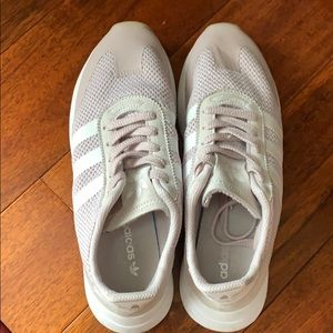 adidas Shoes - Adidas tennis shoes, size 9